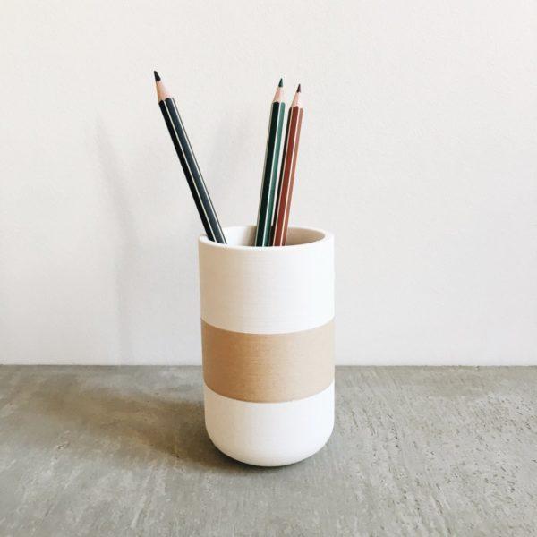 WHITE & WOOD pen holder