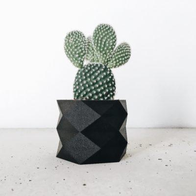 Black Indoor Planter - DIAMANT