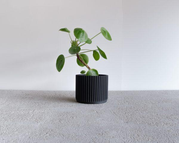 Black stockholm planter