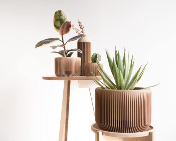 Large PRAHA planter